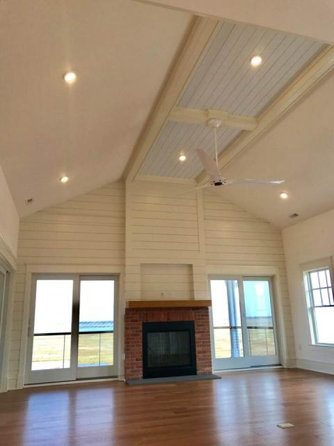 shiplap.ceiling.fp