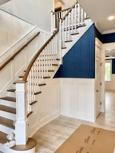 wainscoting.stairs