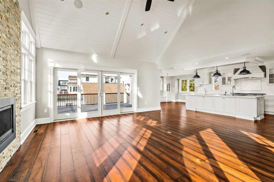 kitchen.greatroom